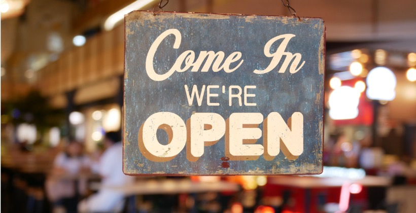 business-vintage-sign-that-says-come-in-were-open-on-cafe-restaurant-picture-id845855598-2