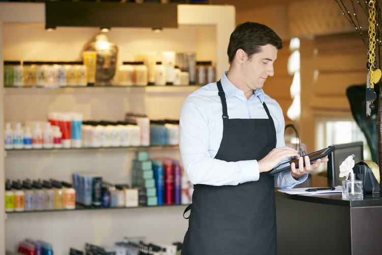 Why Retailers Are Turning to Tablet Training Technology to Boost Performance
