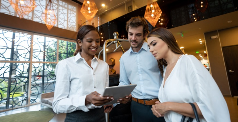 a-mobile-lms-supports-hotel-customer-service-across-the-board